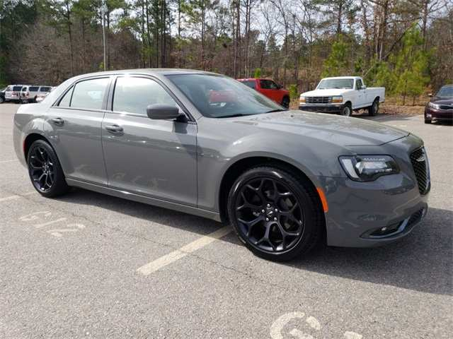 45 The 2019 Chrysler 300 Pictures