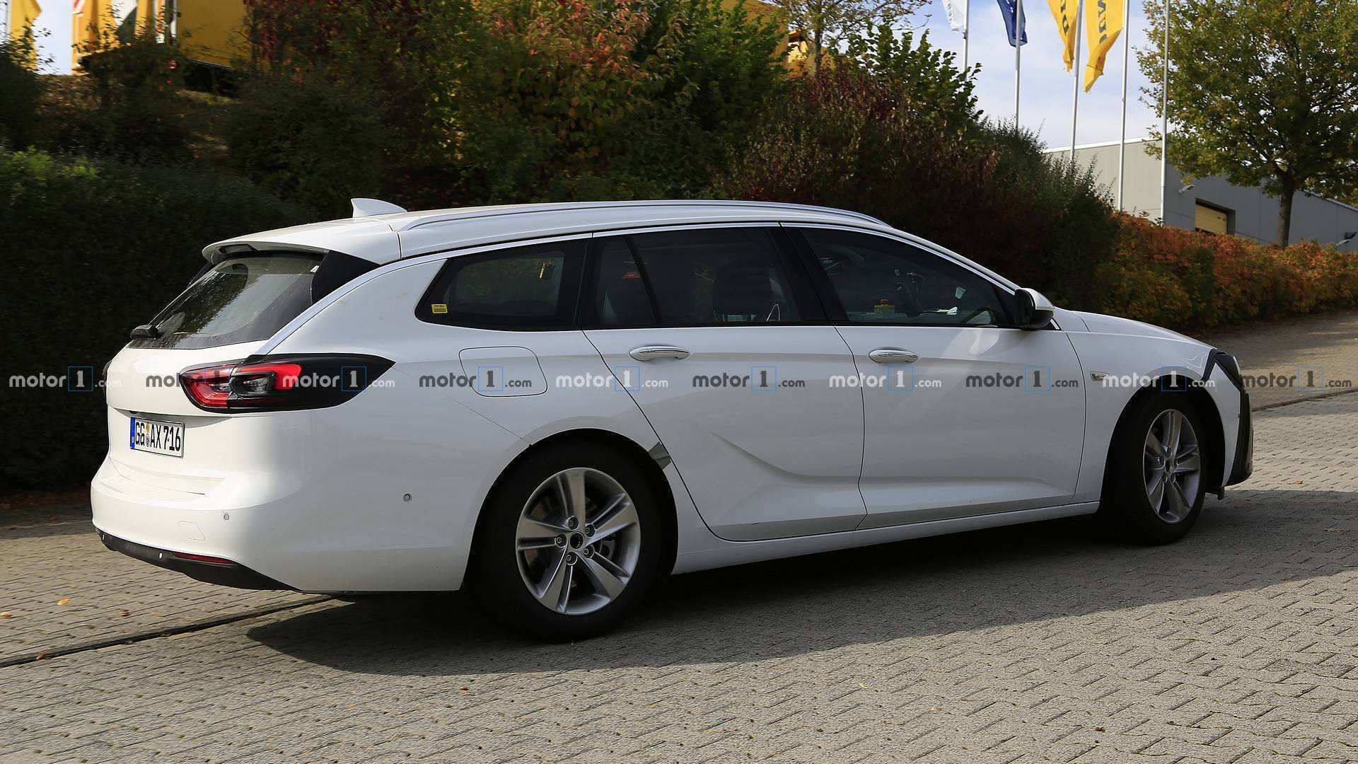 45 The 2020 Opel Insignia Performance