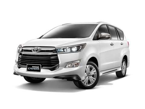 46 A 2019 Toyota Innova Pictures