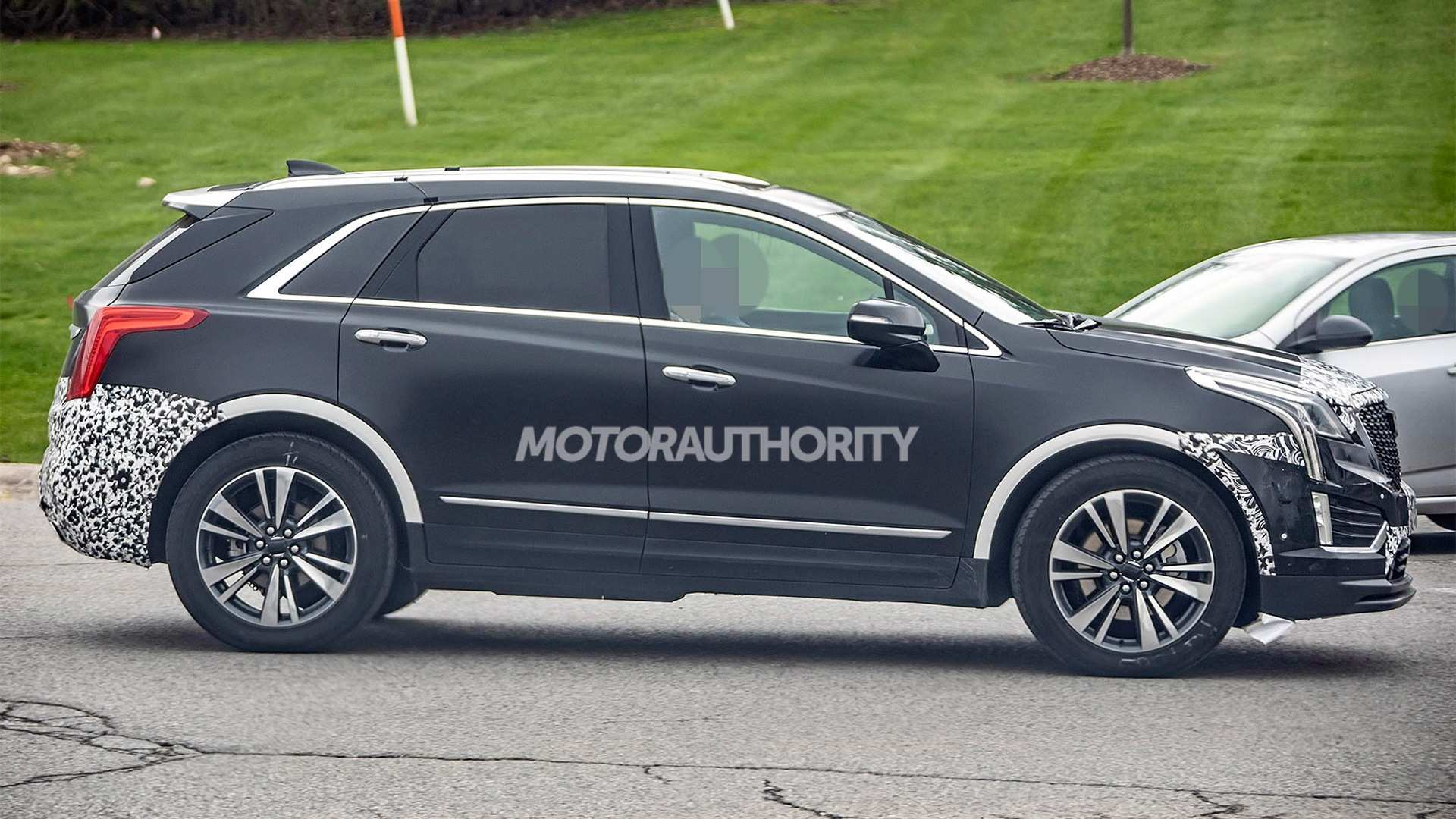 46 The Spy Shots Cadillac Xt5 Review And Release Date