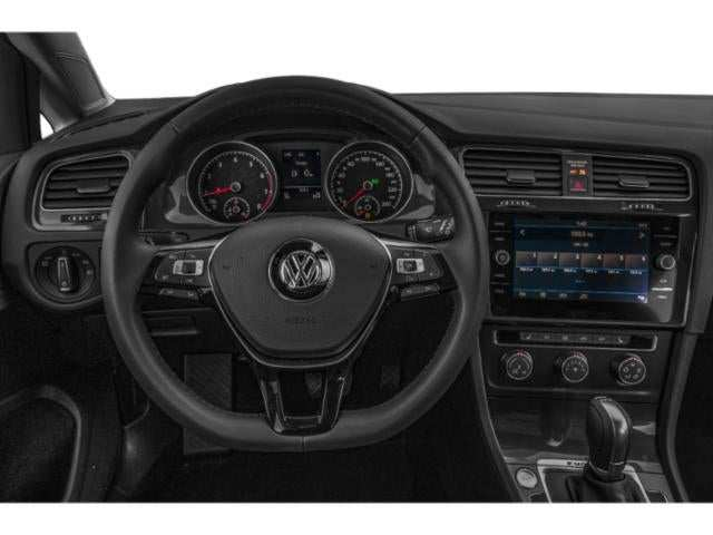 47 A 2019 Vw Golf Sportwagen Interior