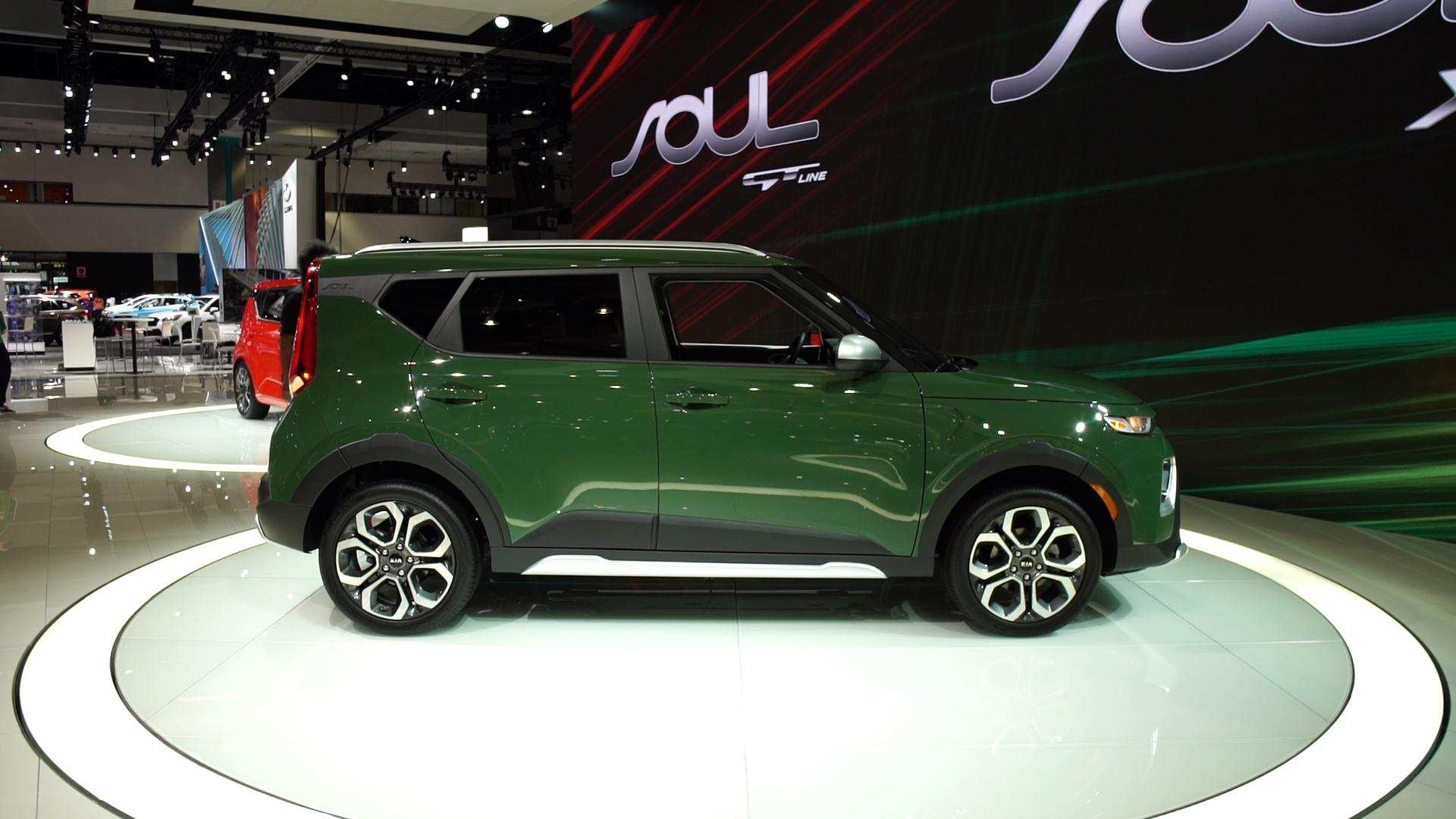 47 A 2020 Kia Soul Awd Exterior And Interior