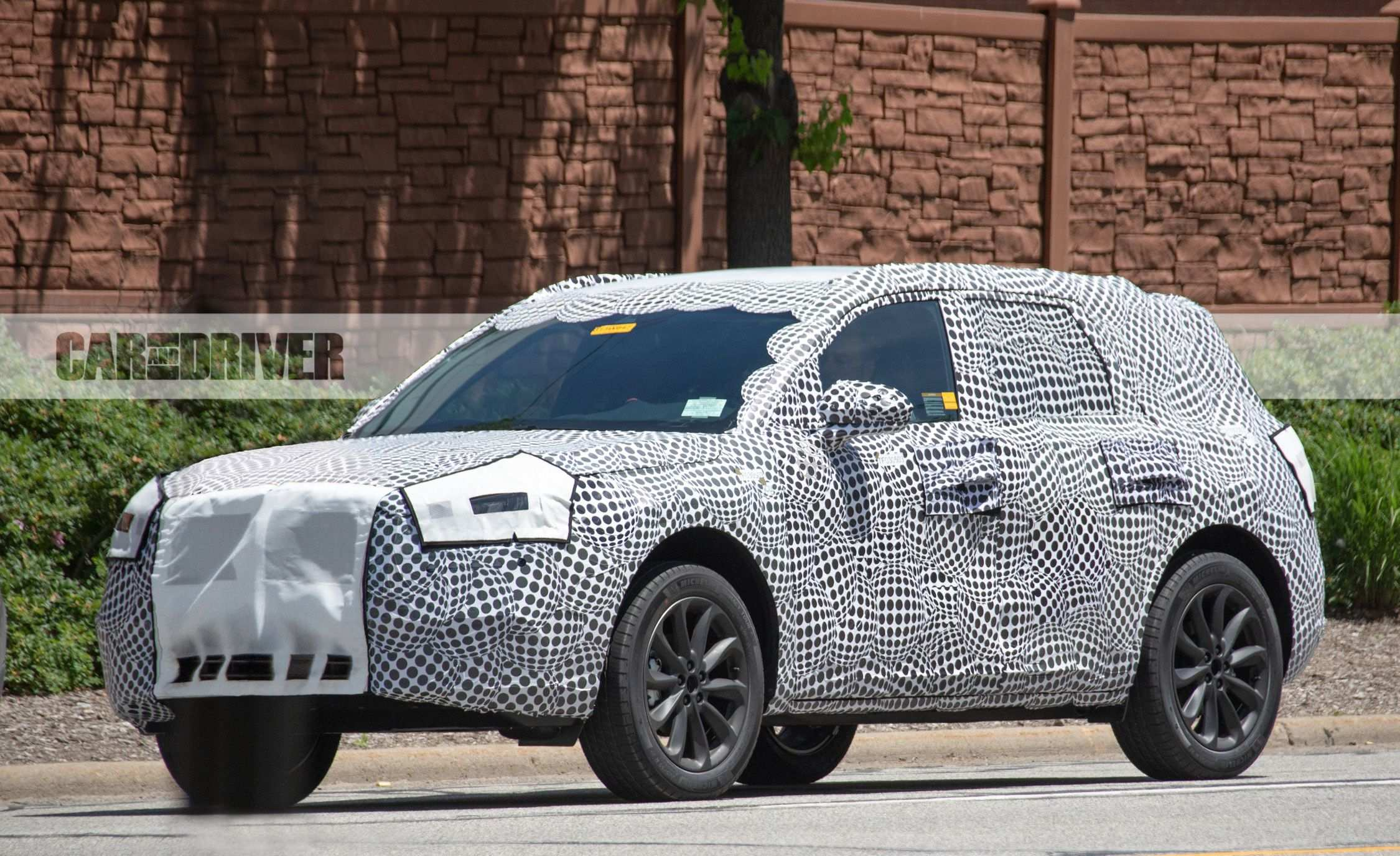 47 A 2020 Lincoln MKS Spy Photos Spesification