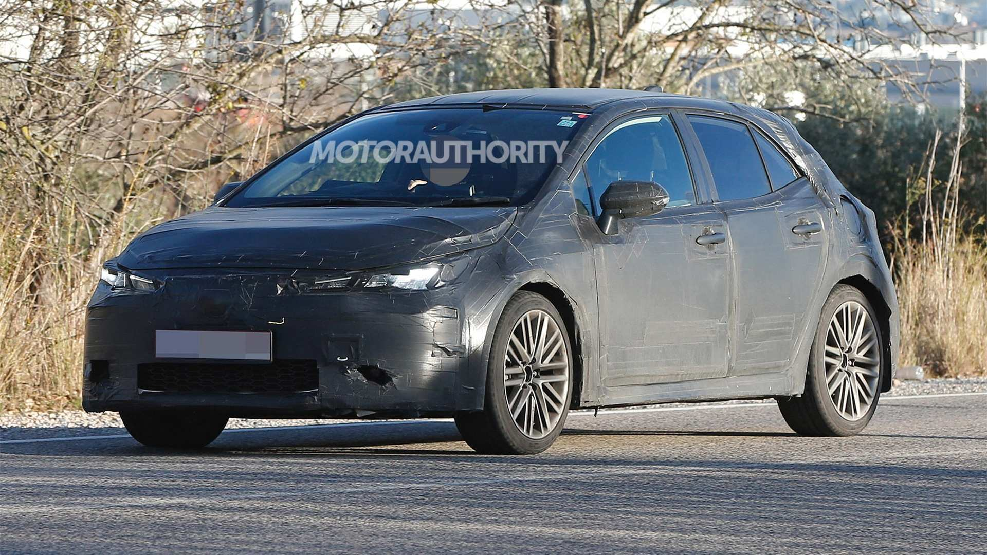 48 A 2019 New Toyota Avensis Spy Shots Images
