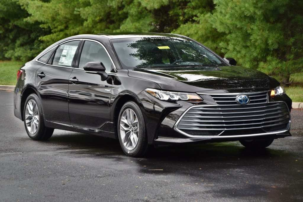 48 A 2019 Toyota Avalon Hybrid Performance
