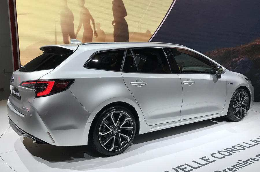 48 The 2019 Toyota Avensis Price And Review