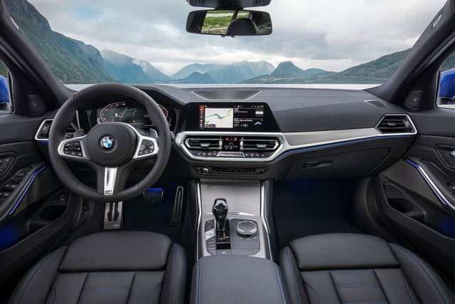 49 A 2020 BMW 3 Series Images