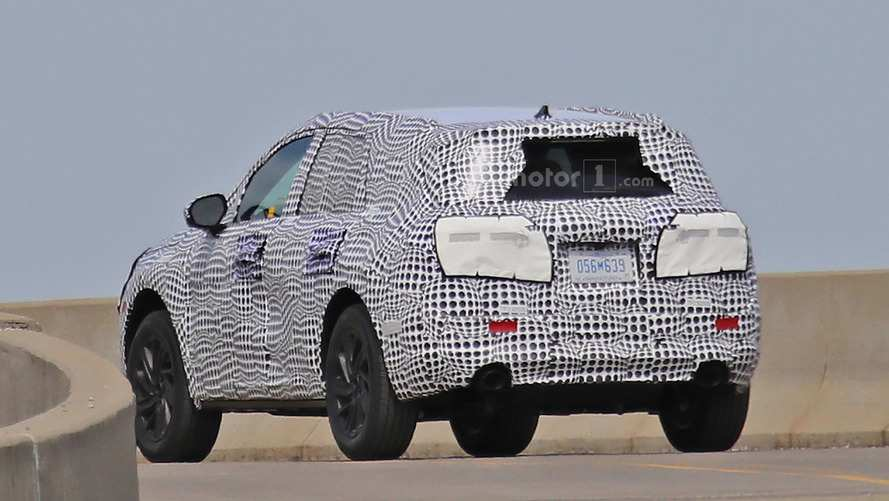49 A 2020 Lincoln MKS Spy Photos Performance