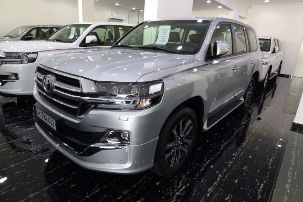 49 A Toyota Land Cruiser V8 2019 Spy Shoot