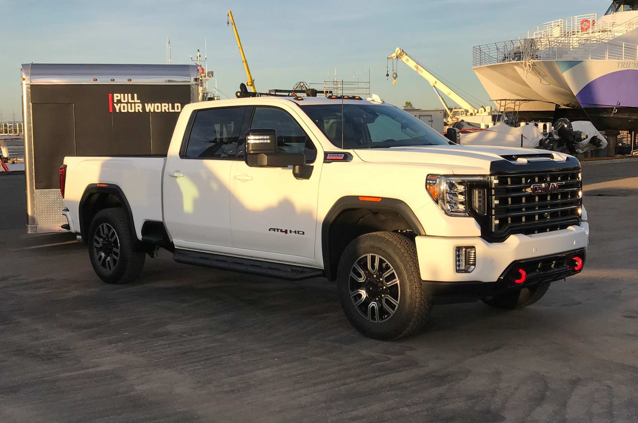50 A GMC Hd 2020 At4 Picture