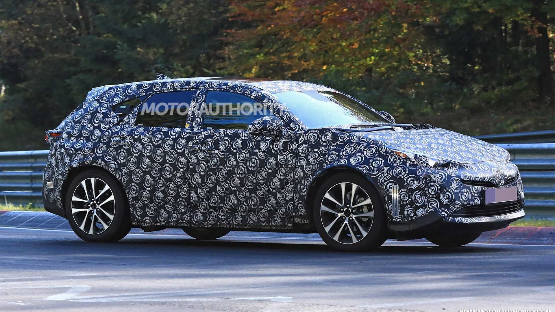 50 A Spy Shots Toyota Prius Price And Review