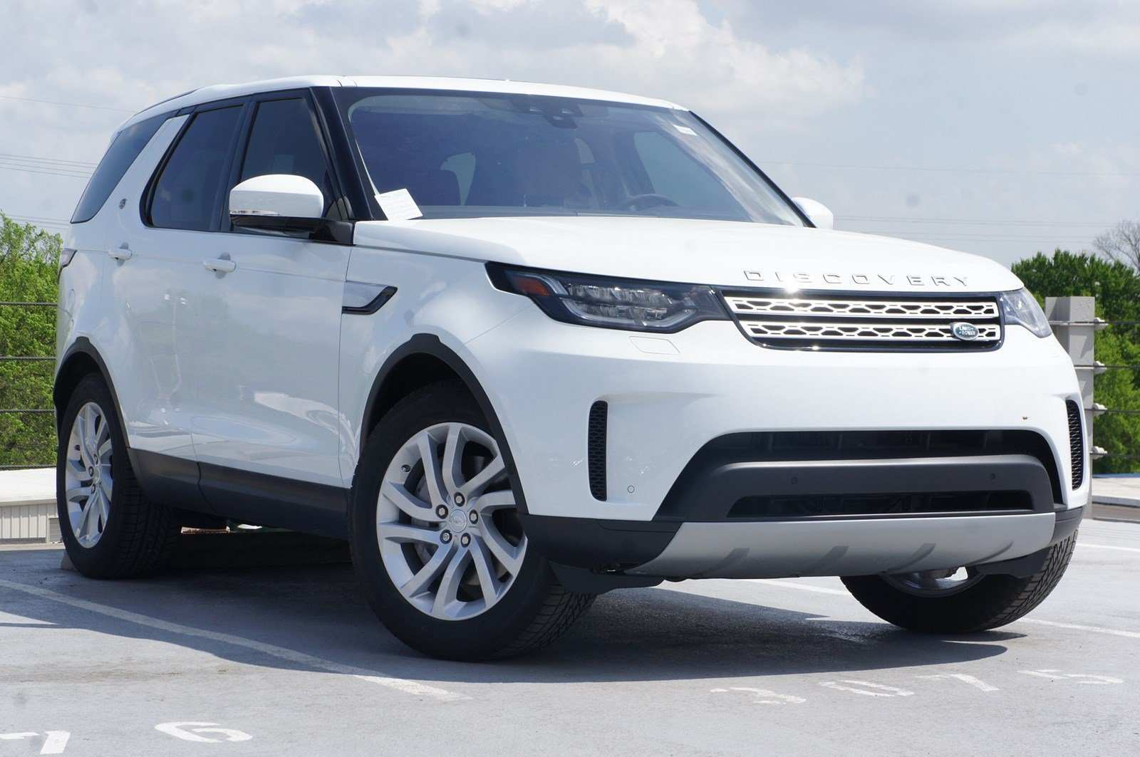 50 Best 2019 Land Rover Discovery Pictures