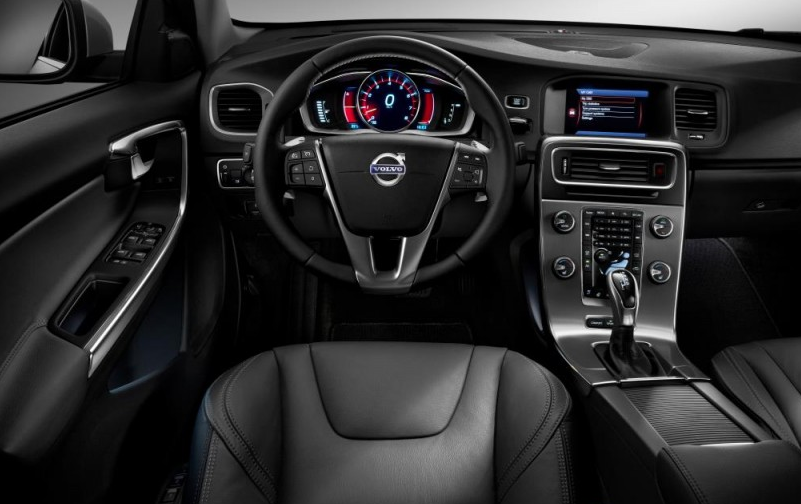 51 A Volvo 2019 Interior First Drive