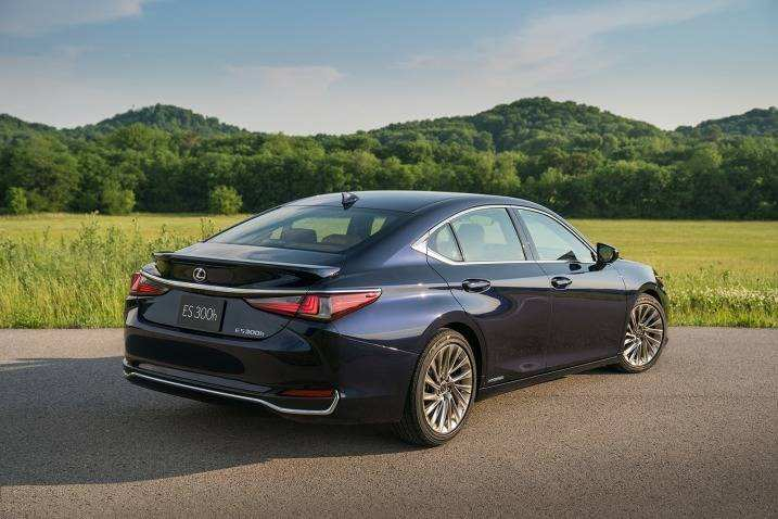 51 All New 2019 Lexus ES Picture