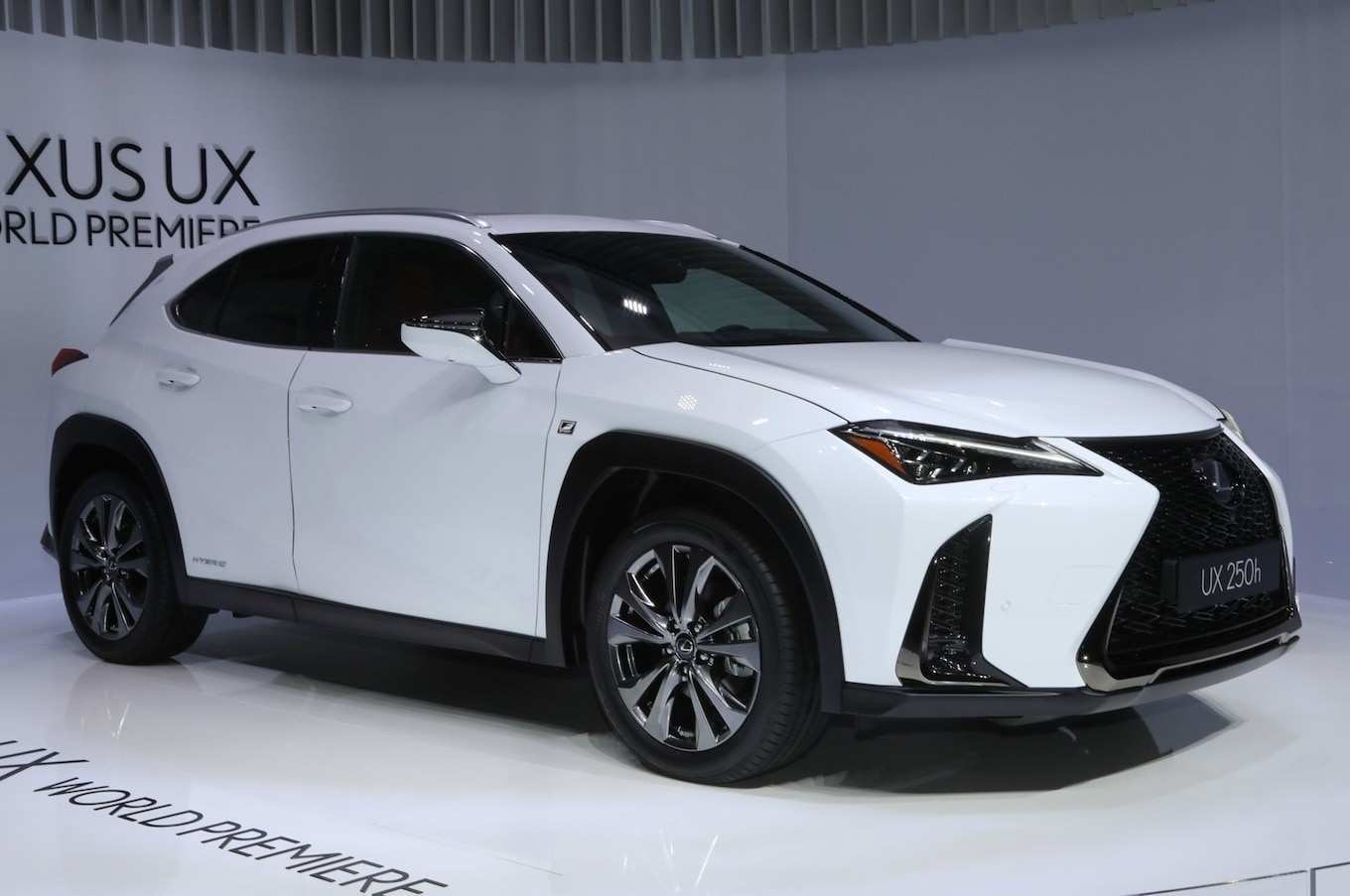 52 A 2019 Lexus Minivan Spy Shoot