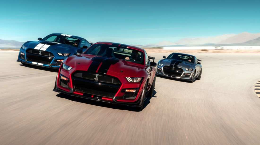 52 A 2019 Mustang Gt500 Performance