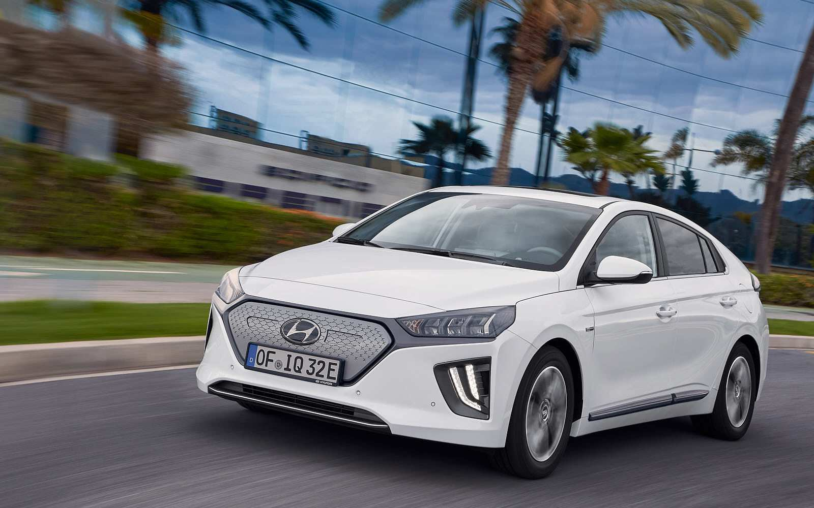 52 A Hyundai Ioniq 2020 Exterior And Interior