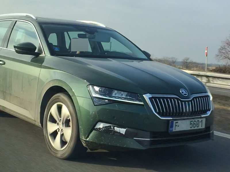 52 A Spy Shots Skoda Superb Price And Review