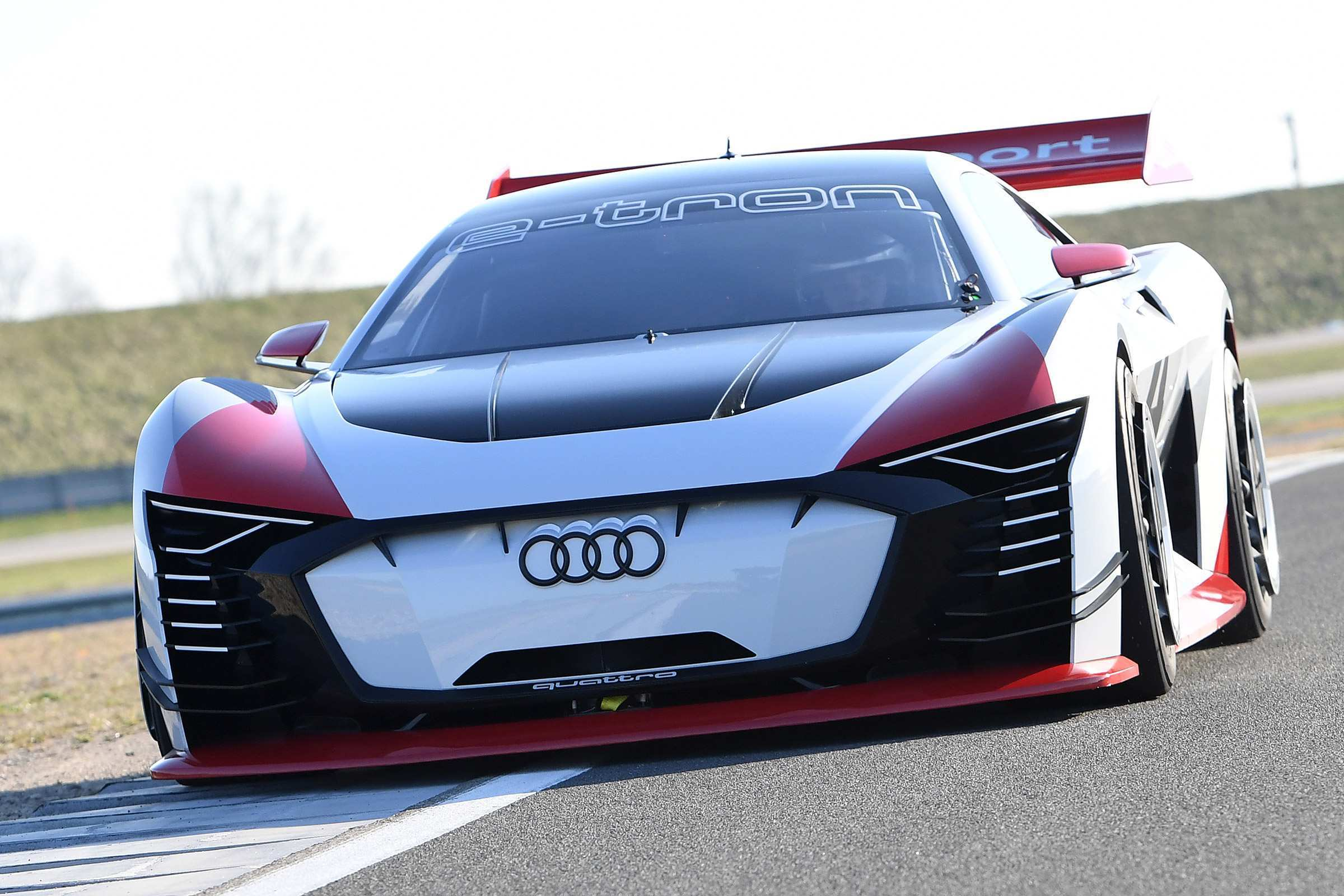 52 The 2020 Audi R8 E Tron Performance