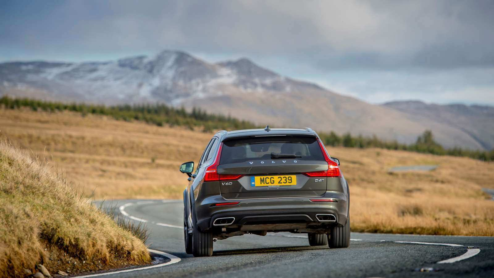 52 The Best 2019 Volvo V60 Cross Country Speed Test