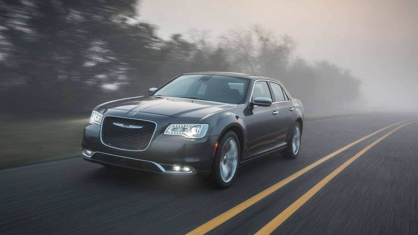 53 A 2020 Chrysler 300 Srt 8 First Drive