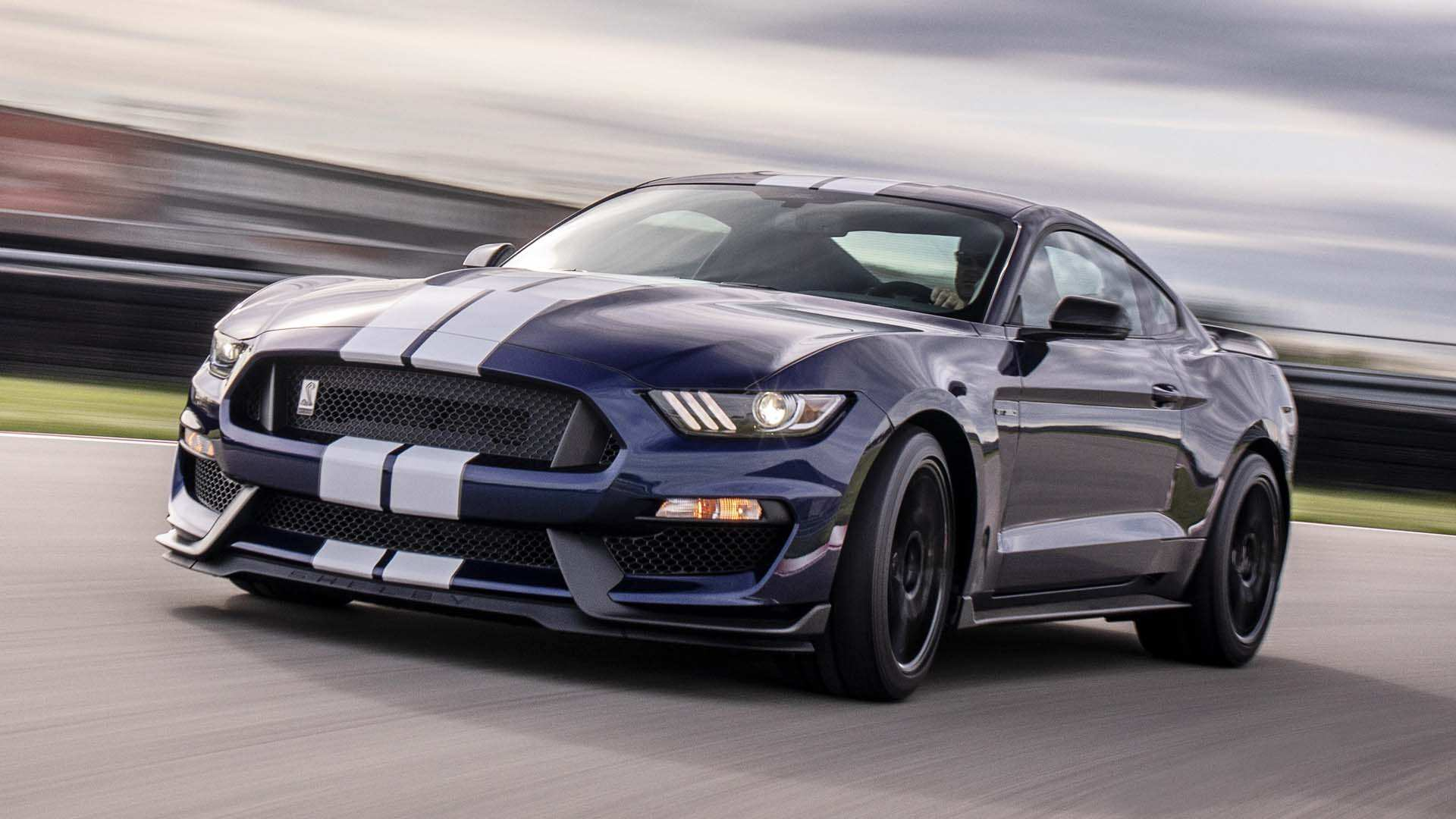 53 A 2020 Ford GT350 Wallpaper