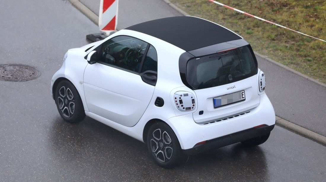 53 A 2020 Smart Fortwo Exterior