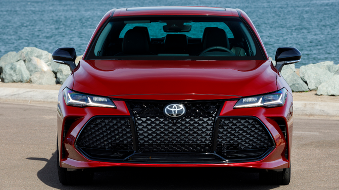 53 A 2020 Toyota Avalon Configurations