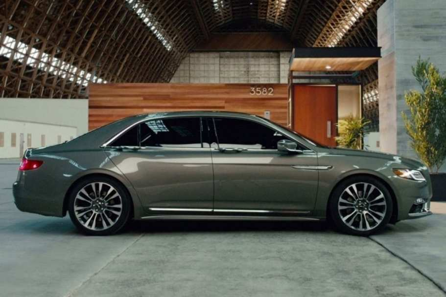 54 A 2020 Lincoln MKZ Performance And New Engine