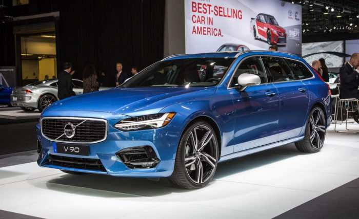54 A 2020 Volvo S60 R Photos