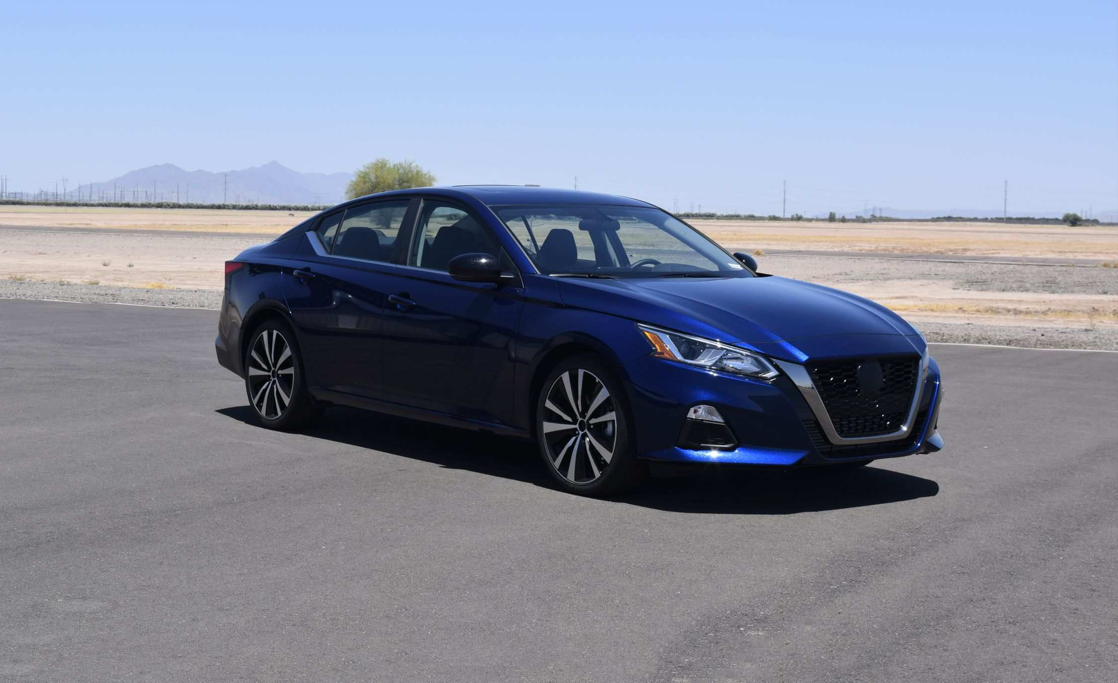 55 A 2020 Nissan Maxima Detailed Style
