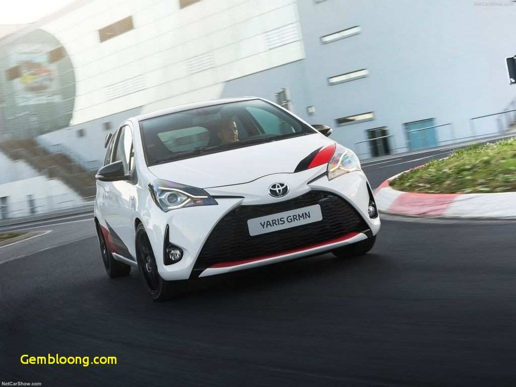 55 A 2020 Toyota PriusPictures History