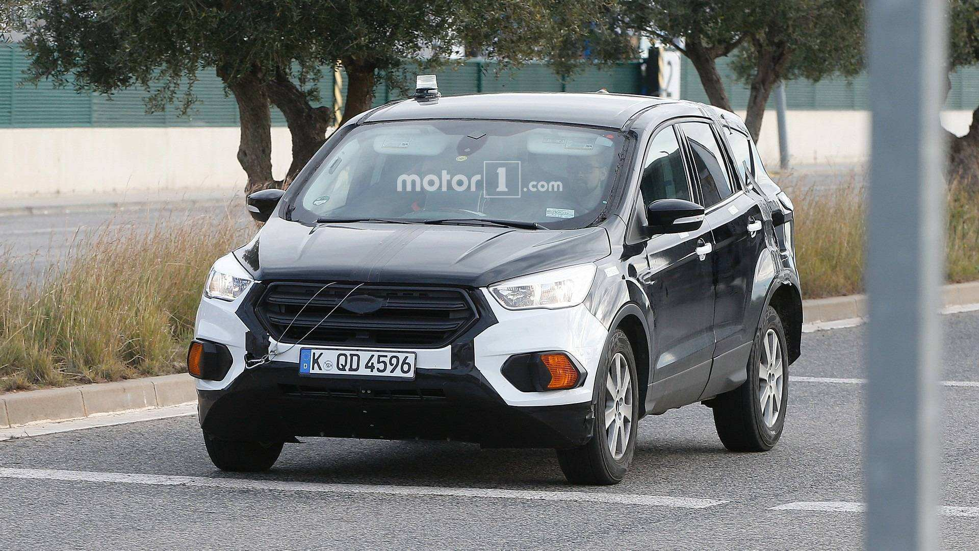 55 A Ford Kuga 2020 Spy Shots Overview