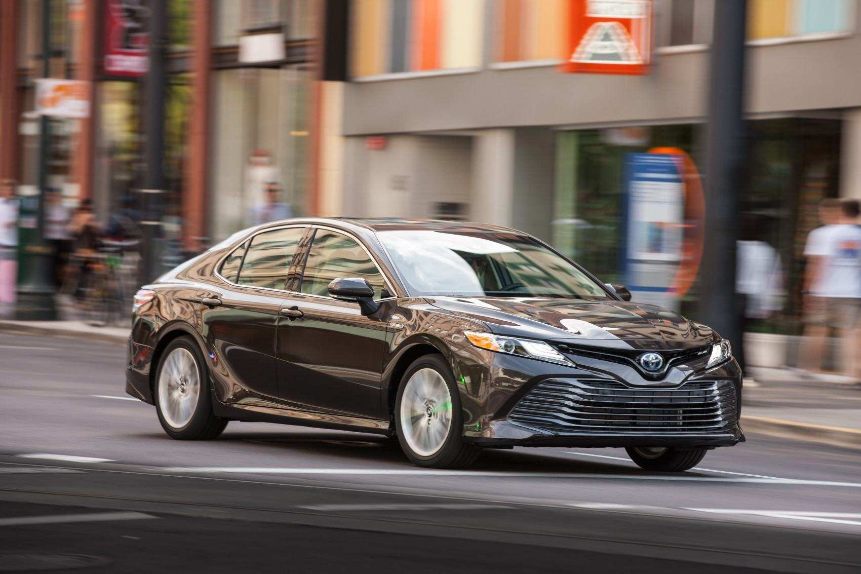 55 New 2019 Toyota Camry Se Hybrid Redesign And Concept