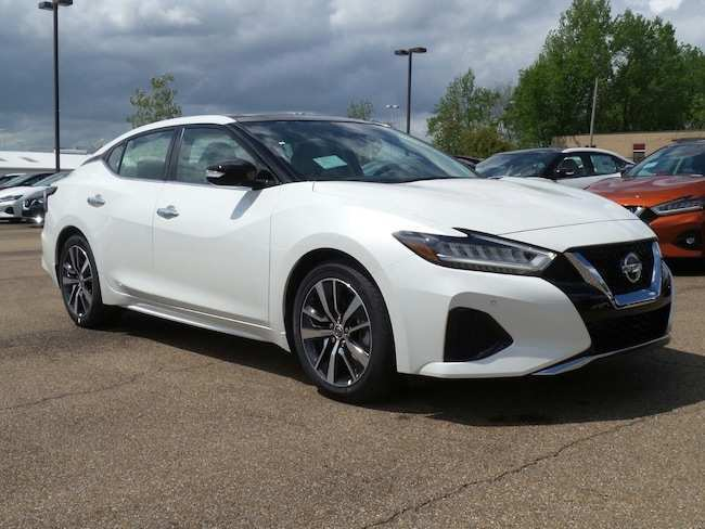 55 The 2019 Nissan Maxima Detailed Spy Shoot