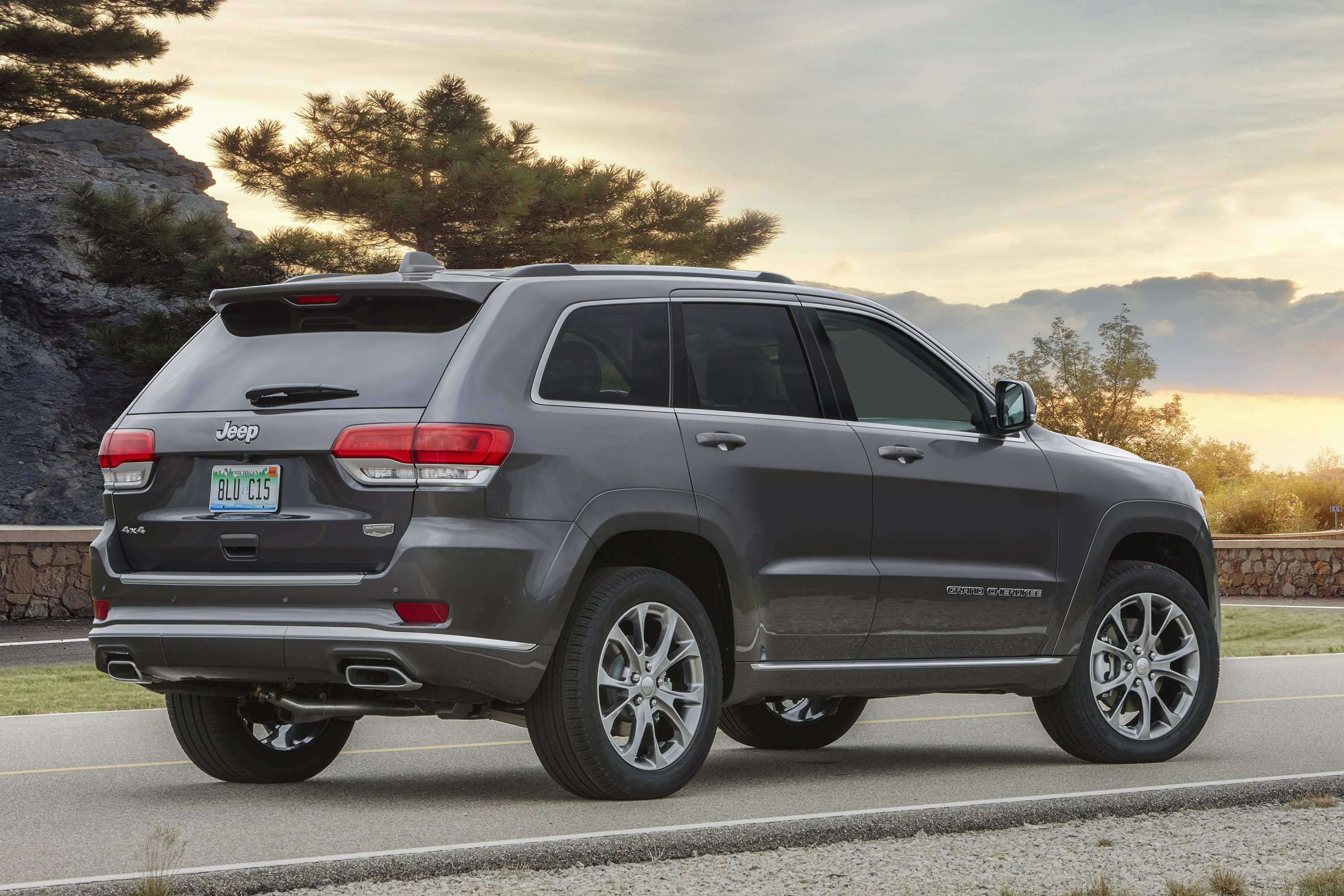 56 Best 2020 Jeep Grand Cherokee Photos
