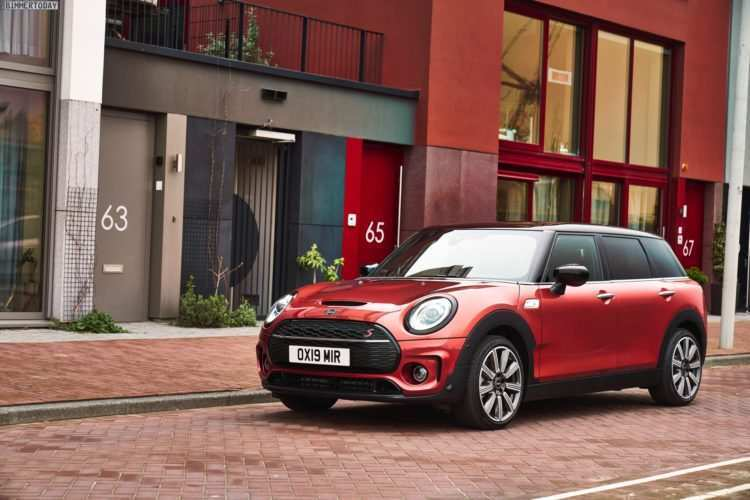 56 The 2019 Mini Clubman Wallpaper