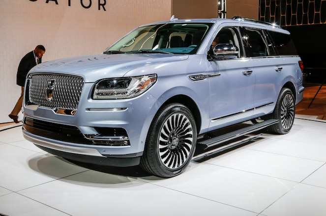 57 A 2019 Lincoln Navigator Spesification