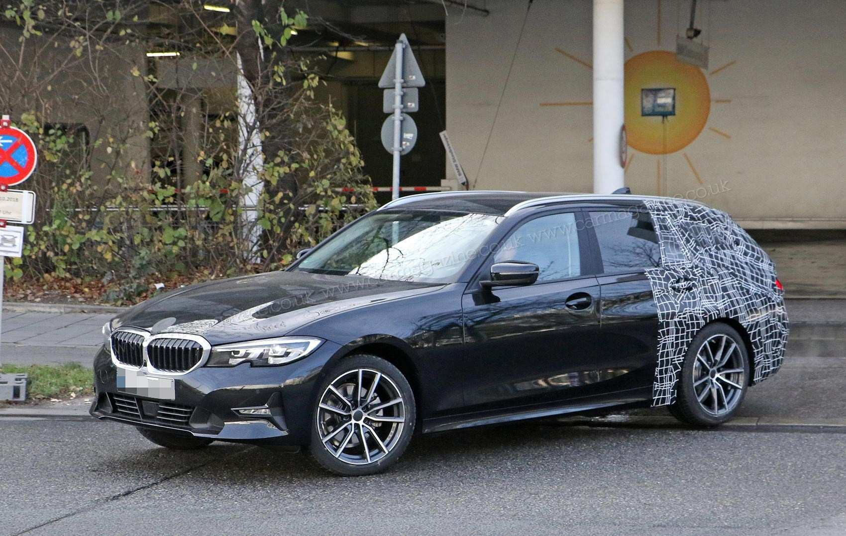 57 A 2019 Spy Shots BMW 3 Series Pictures