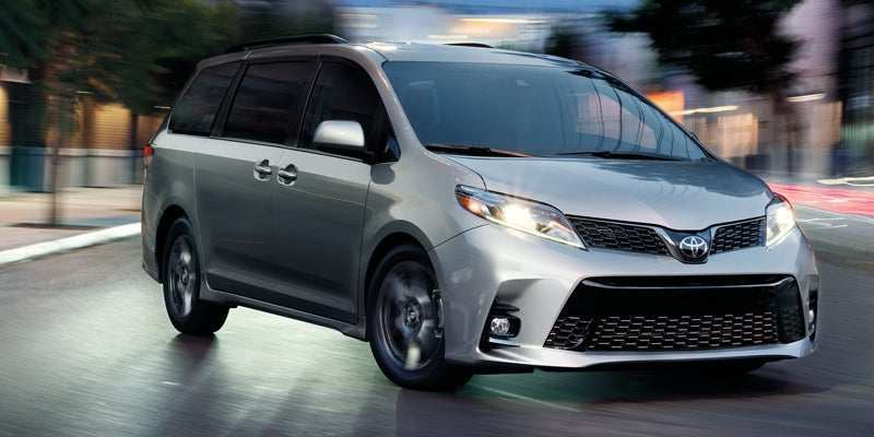 58 A 2019 Toyota Sienna Pictures