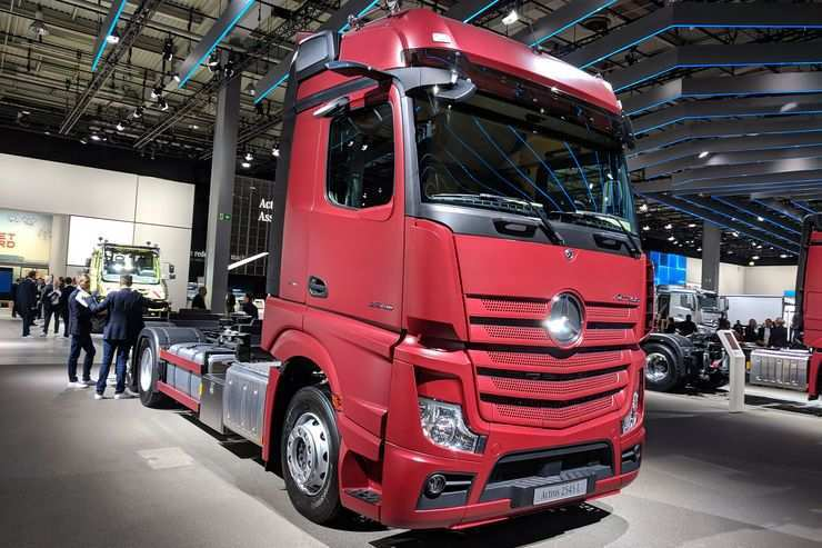 58 A Mercedes Truck 2019 Photos