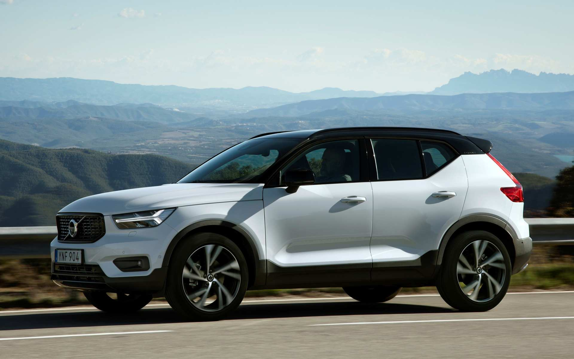 58 The Volvo To Go Electric By 2019 Price Design And Review