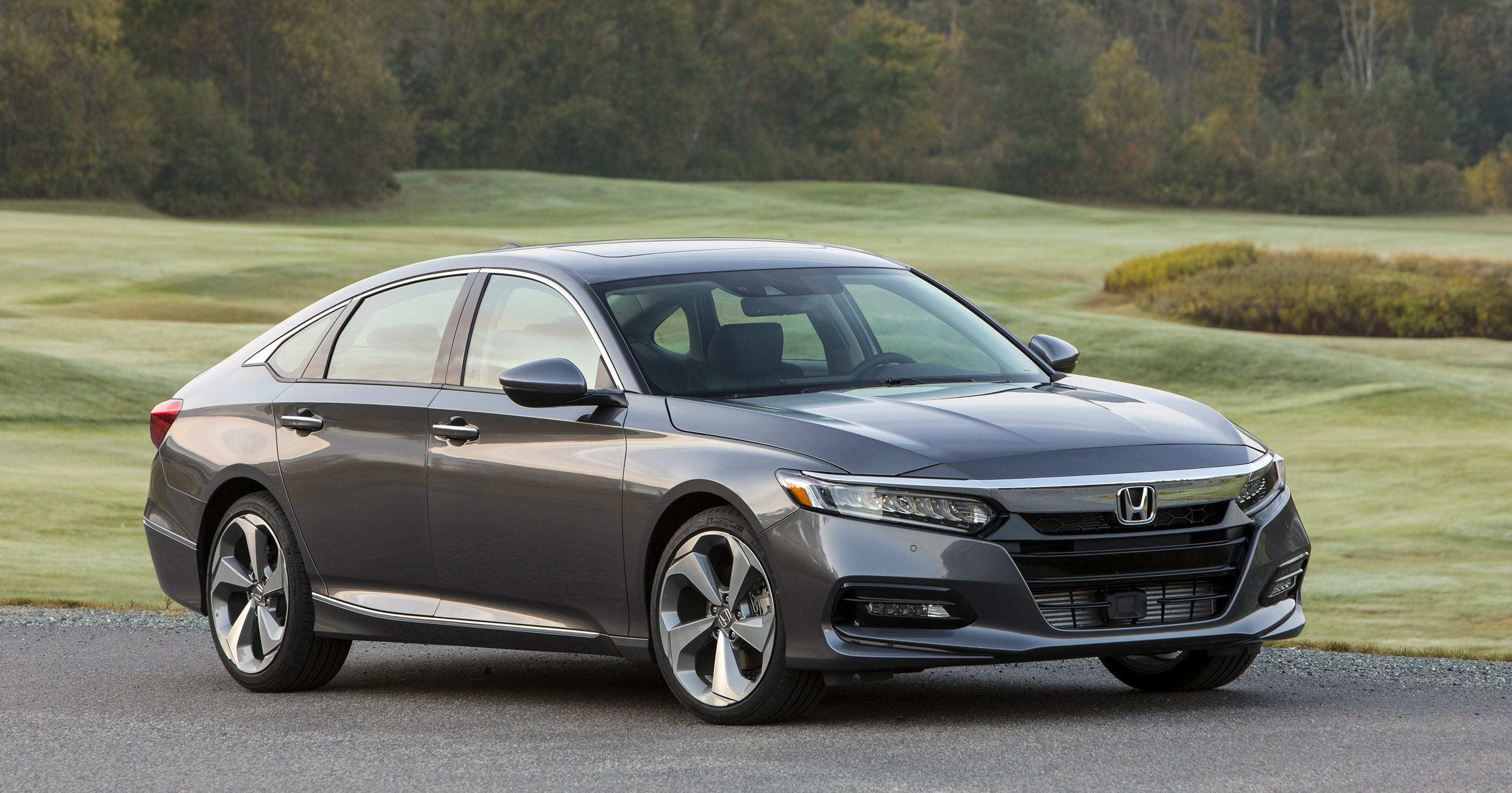 59 A 2019 Honda Accord Coupe Exterior