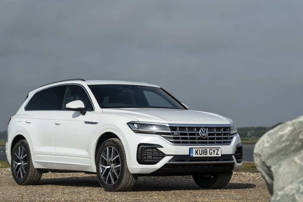 59 A 2019 VW Touareg Review