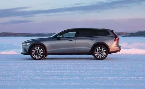 59 A 2020 Volvo V90 Wagon Research New