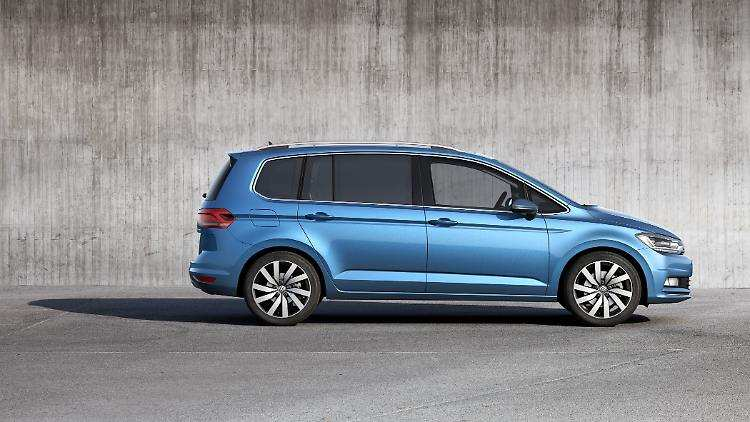 59 All New 2019 VW Touran Performance