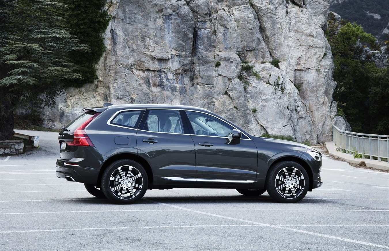 59 The Volvo Xc60 2019 Osmium Grey First Drive