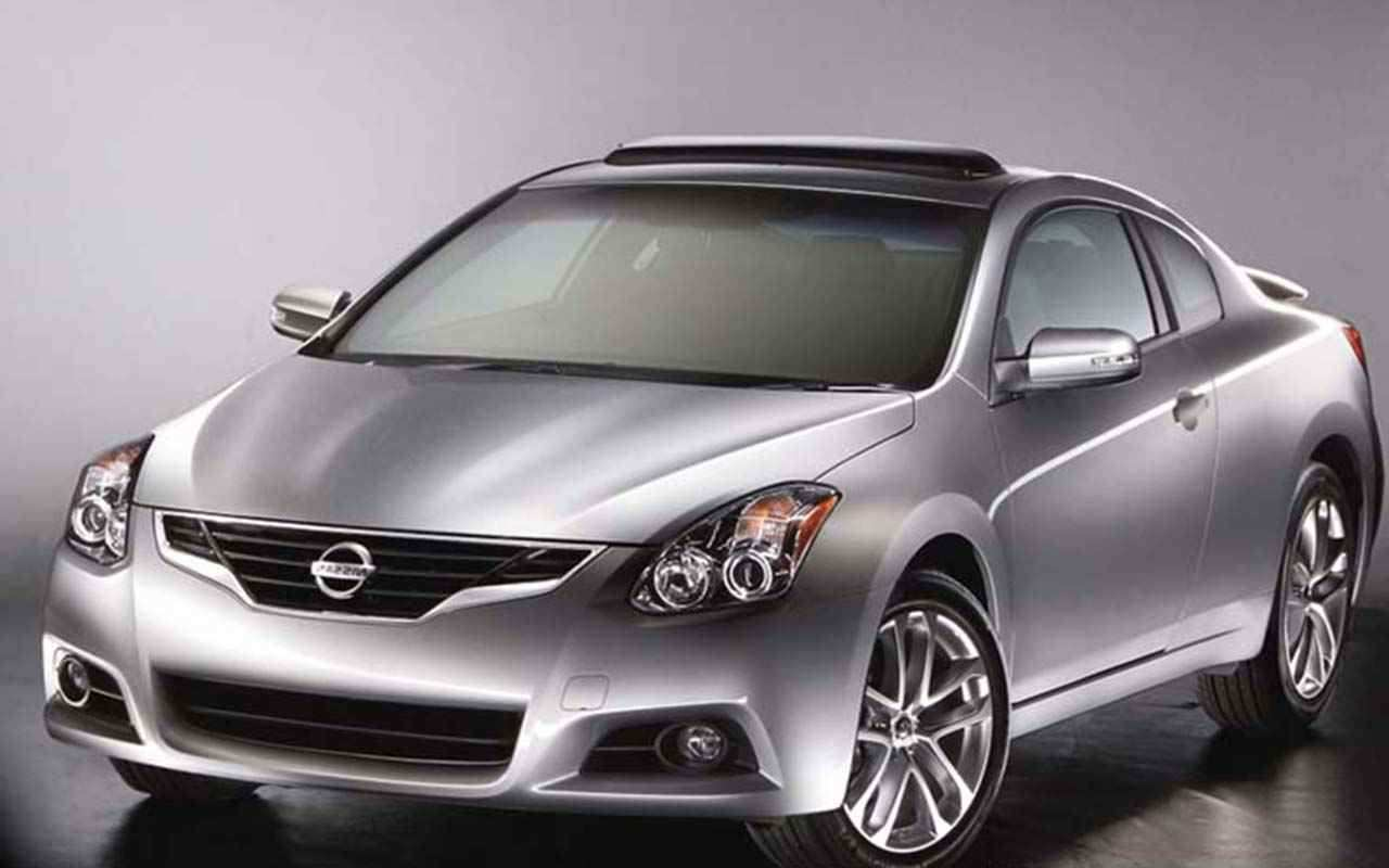 60 A Nissan Altima Coupe 2020 Ratings