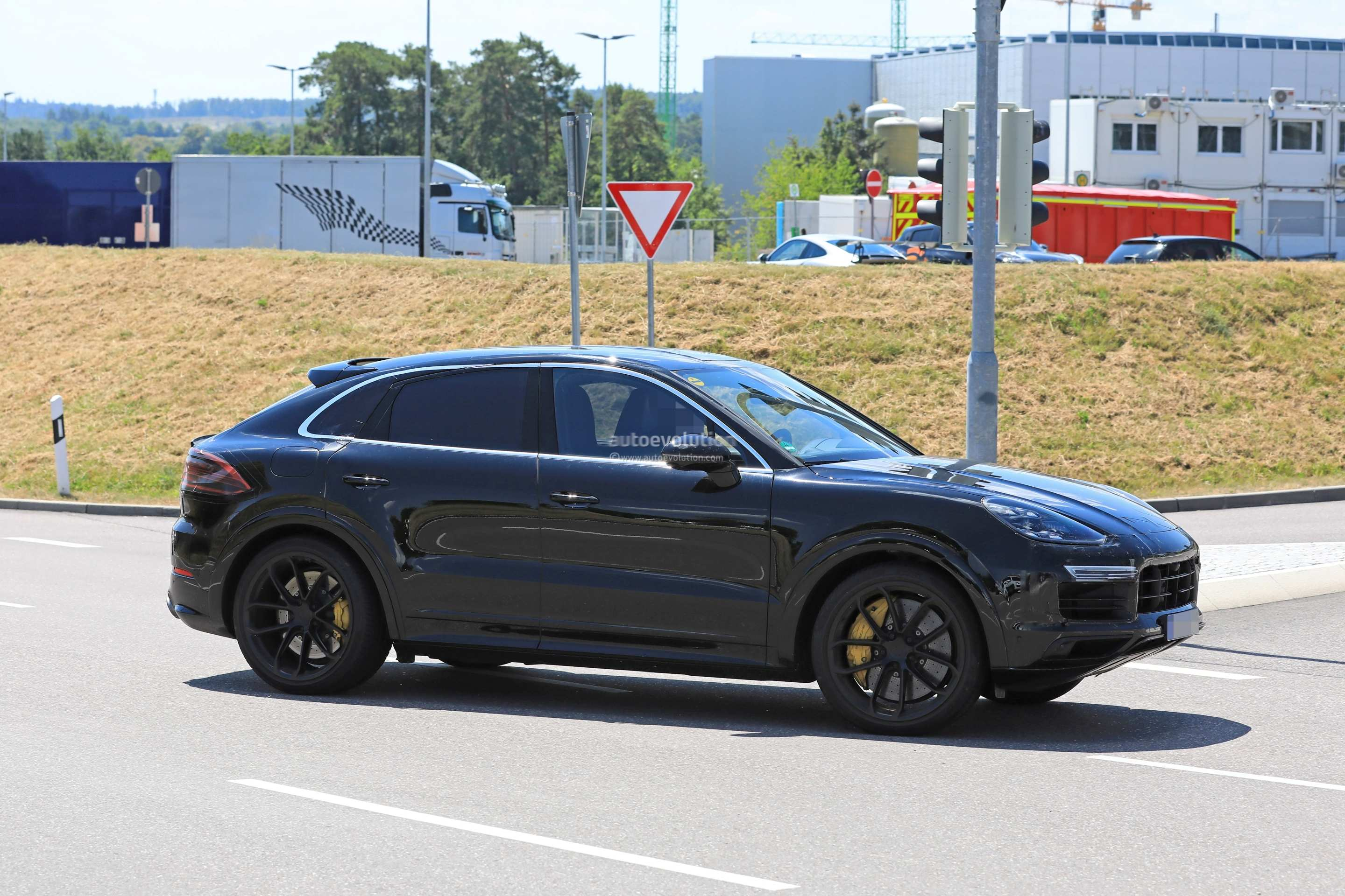 60 Best 2020 Porsche Macan Turbo Photos