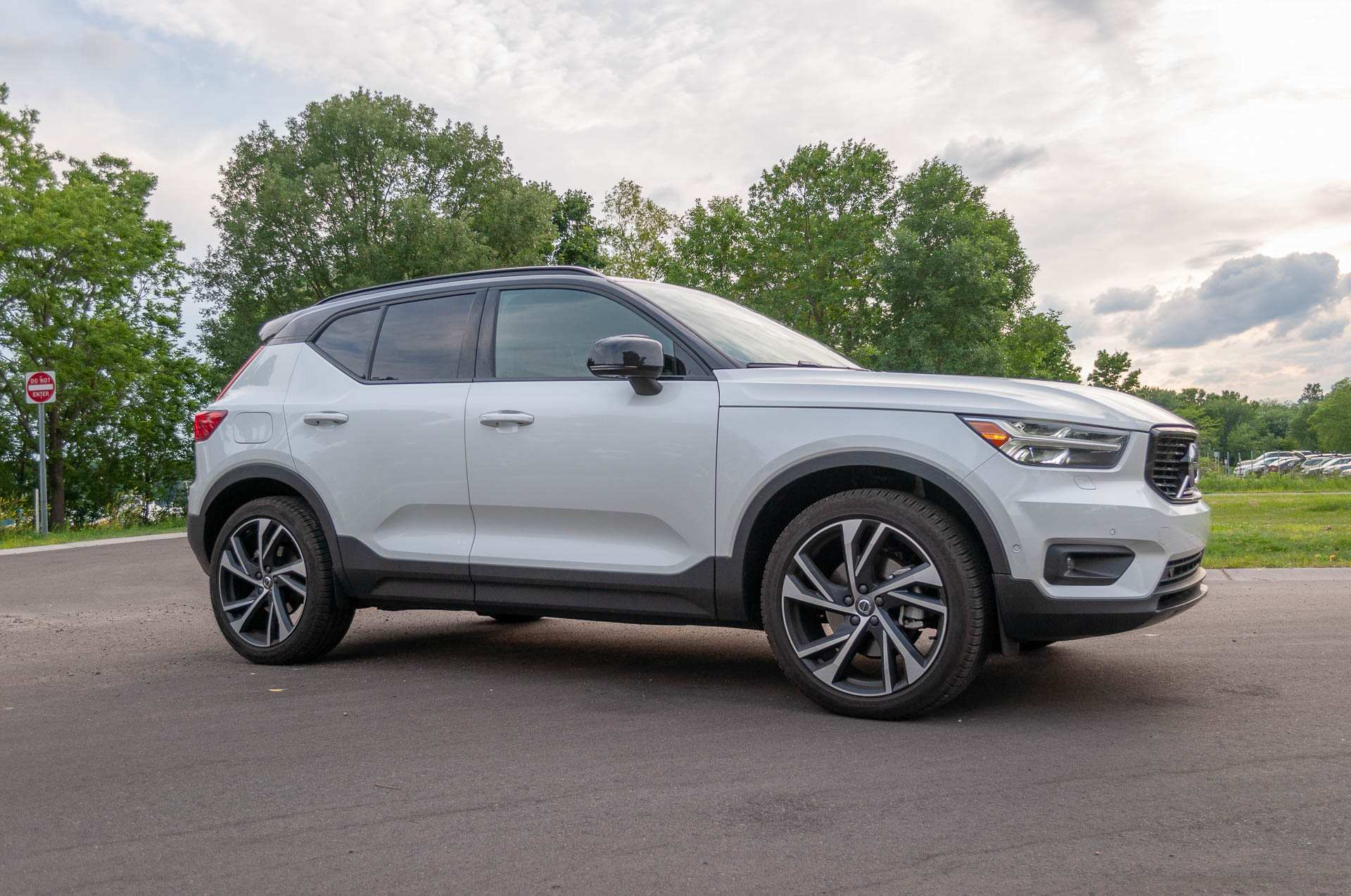 60 New 2019 Volvo Xc40 T5 R Design Overview